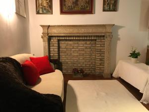 Cà Degli Amici (Our Friends' House) - AbcAlberghi.com