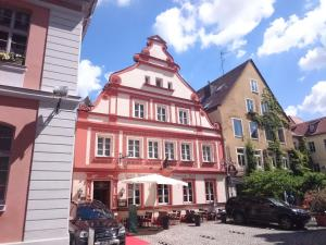 Hotel & Restaurant Schwarzer Bock - Burgoberbach