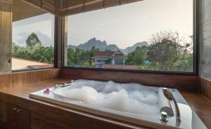 The Country Villa - Ban Laem Som