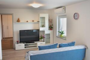 Apartmaji Hrvatin v Kortah