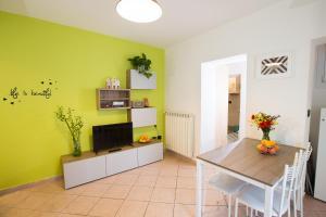A casa di Giuseppe - Sant'Orsola apartment - AbcAlberghi.com