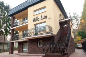 Willa Asia