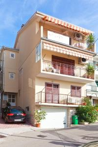 Apartments Garmaz, Ferienwohnungen  Podgora - big - 1