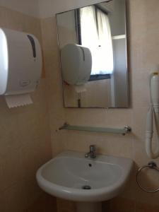 Quadruple Room with Private External Bathroom