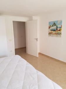Luxury duplex Armand Durres, Apartmanok  Golem - big - 47