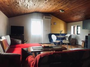 Apartments Ponistra, Ferienwohnungen  Split - big - 4