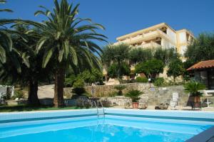 Hostels e Albergues - La Calma Hotel