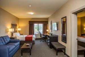 Comfort Suites Kelowna - Hotel