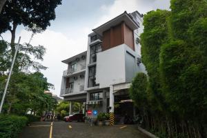 OYO 794 Ln 9 Bandung Residence, Szállodák  Bandung - big - 25