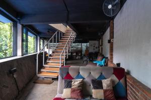 OYO 794 Ln 9 Bandung Residence, Szállodák  Bandung - big - 12