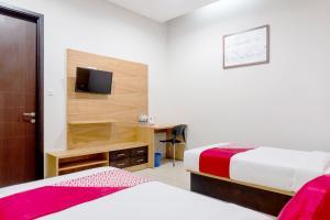 OYO 794 Ln 9 Bandung Residence, Szállodák  Bandung - big - 18