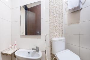 OYO 794 Ln 9 Bandung Residence, Szállodák  Bandung - big - 39