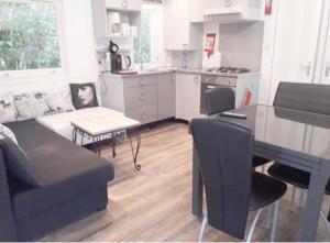 Location gîte, chambres d'hotes Mobile Home Service Hotelier dans le département Var 83