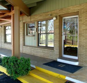Woodlawn Hills Motel