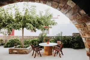 Augustis Suites Andros Greece