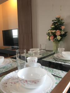 Lakeview Entire Condo Close to Dmk airport and Impact - Ban Wat Pho Thong