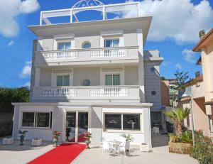 Hotel Villa Del Mare - AbcAlberghi.com