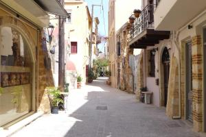 The Monk Flats, 73132 Chania