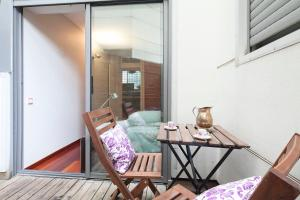 Mid-term rentals in Barcelona with Swimming Pool