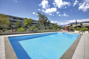 Appart'City Confort Grenoble Inovallée - Hotel - Montbonnot-Saint-Martin
