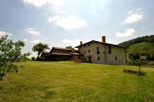 Accommodation in Santa Coloma