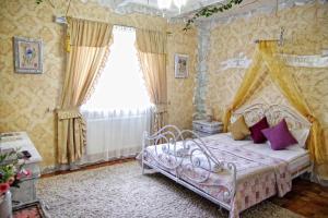 Отель Черный замок, Ивано-Франковск