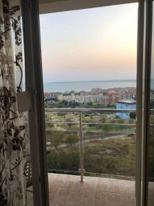 Apartments Intsaraki
