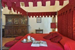 Medieval Palazzo Becci - AbcAlberghi.com