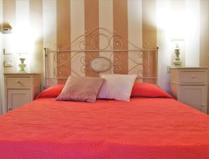 Romantic Villa S. Gimignano - Free parking - AbcAlberghi.com