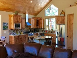 2380 Alice Lake Rd Cabin, Nyaralók  South Lake Tahoe - big - 7