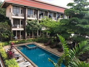 SP Chaweng Palace - Ban Nai Na