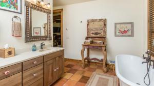 54 Turtle Lake House #135026, Prázdninové domy  Durango - big - 29