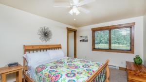 54 Turtle Lake House #135026, Prázdninové domy  Durango - big - 32