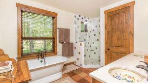 54 Turtle Lake House #135026, Prázdninové domy  Durango - big - 39