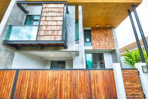 New Modern Jungle Villa near Nai Harn Beach - Ban Saiyuan (1)