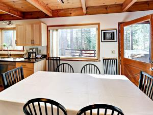 1262 Pine Valley Rd Home, Holiday homes  South Lake Tahoe - big - 7