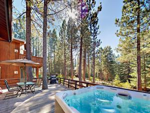 1262 Pine Valley Rd Home, Holiday homes  South Lake Tahoe - big - 10