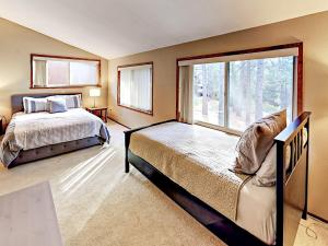 1262 Pine Valley Rd Home, Holiday homes  South Lake Tahoe - big - 12