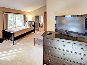1262 Pine Valley Rd Home, Holiday homes  South Lake Tahoe - big - 16