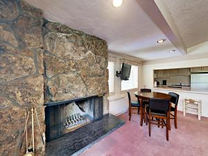Snowmass Carriage Condo 150 - Apartment - Snowmass Village