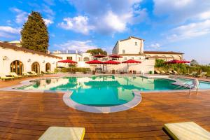 Villa Tolomei Hotel & Resort (1 of 66)