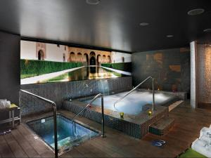 Sercotel Gran Hotel Luna de Granada (2 of 82)