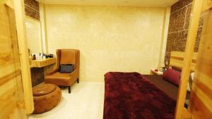 . Studio Apartment #New Delhi# Rajouri Garden # 1Bhk