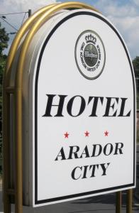 Arador-City Hotel, Отели  Бад-Эйнхаузен - big - 36
