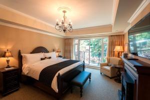 Oak Bay Beach Hotel (28 of 49)