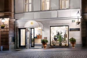 Hotel Galleria (2 of 53)