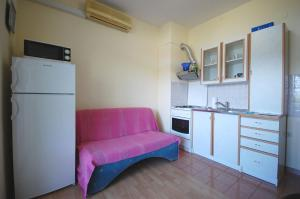 Apartments Crnac Mi, Apartmanok  Malinska - big - 9