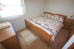 Apartments Crnac Mi, Апартаменты  Малинска - big - 16
