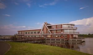 Koprino Bay Park Hotel - Larionovo