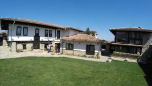 Guest House Epochs since 1871, Гостевые дома  Лясковец - big - 59